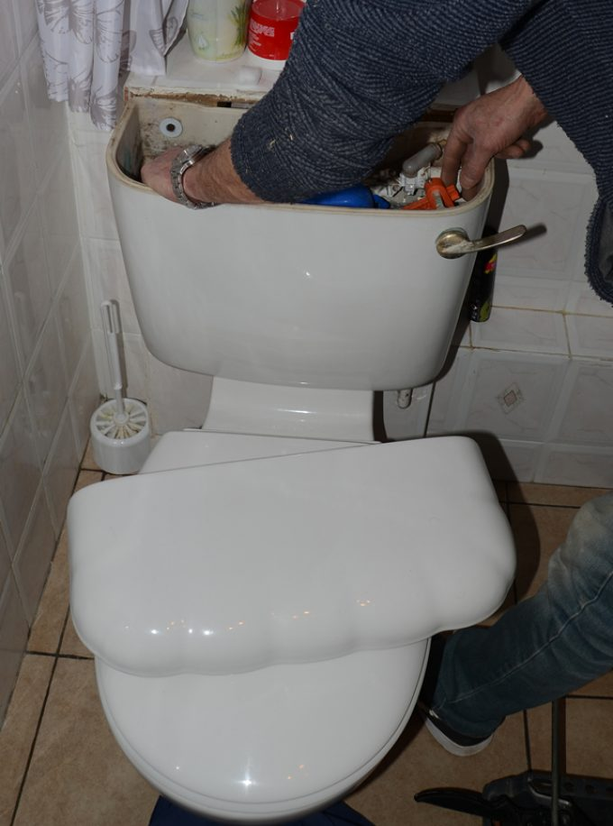 Faulty toilet flush or fill?