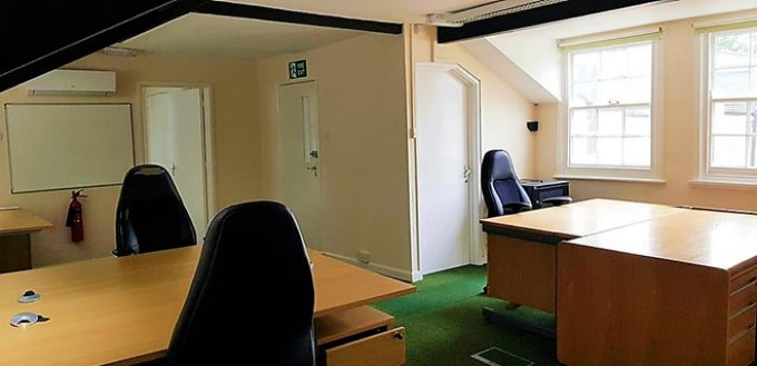 Rosemary House Office 20: 4-6 person (460sqf)